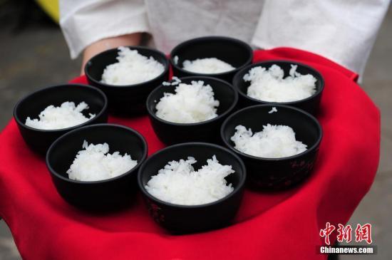 资料图:米饭。<a target='_blank' href='http://www.chinanews.com/'>中新社</a>记者 于琨 摄