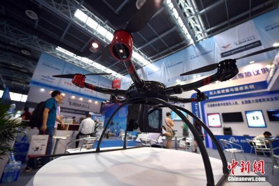 资料图:6旋翼无人机。<a target='_blank' href='http://www.chinanews.com/' >中新网</a>记者 金硕 摄