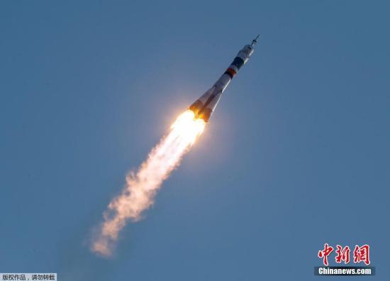 """当地时间2018-12-11,哈萨克斯坦拜科努尔,俄罗斯""""联盟号MS-01""""宇宙飞船搭载远征国际空间站成员前往太空。"""