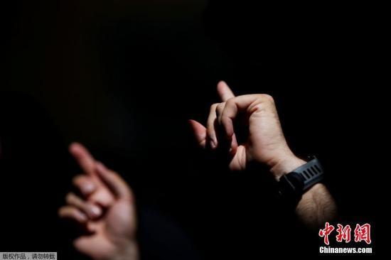 教育部等三部门发布国家通用手语常用词表、通用盲文方案
