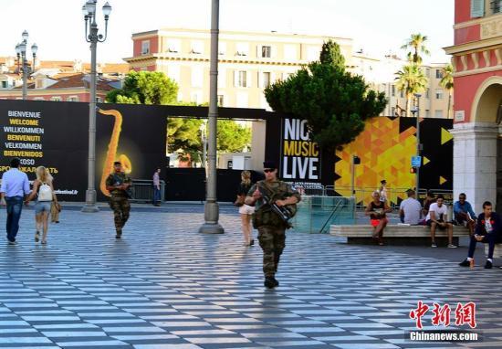资料图片:法国尼斯发生恐怖袭击。 <a target='_blank' href='http://www.chinanews.com/'>中新社</a>记者 龙剑武 摄