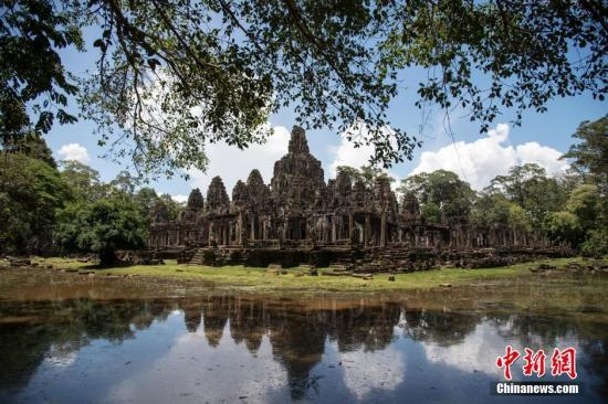 资料图:位于柬埔寨暹粒的著名景点吴哥城(又名大吴哥)。洪坚鹏 摄
