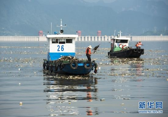 环保部:11省市年底前饮用水源地违法项目须清零