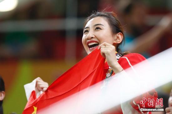 金沙国际棋牌娱乐:奥运冠军何雯娜首次执裁全国蹦床锦标赛