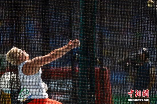沃尔达克奇在比赛中。 <a target='_blank' href='http://www.chinanews.com/' >中新网</a>记者 盛佳鹏 摄