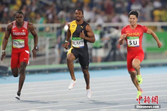 当地时间8月14日,里约奥运百米短跑半决赛中,中国选手苏炳添跑出10秒08,排名小组第4。<a target='_blank' href='http://www.chinanews.com/' >中新网</a>记者 盛佳鹏 摄