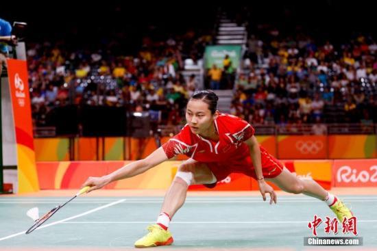 图为王仪涵在比赛中。<a target='_blank' href='http://www.chinanews.com/' >中新网</a>记者 杜洋 摄
