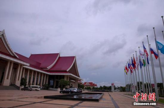 资料图:东盟峰会将于9月6日至9日在老挝首都万象举行,图为9月5日拍摄的老挝万象街景。中新社记者 刘震 摄