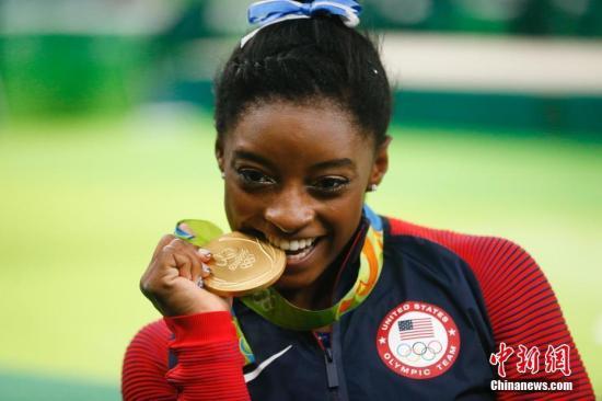 资料图:美国体操运动员・西蒙・拜尔斯。中新网记者 杜洋 摄