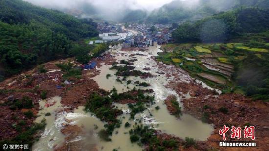浙江遂昌苏村村山体滑坡塌方量达40万方 致27人失联