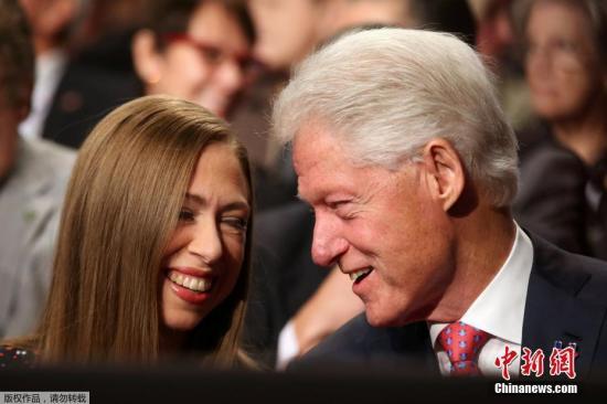 Former U.S. president Clinton hospitalized in California