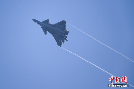 专家指歼-20或已小批量生产 向形成作战能力方向迈进