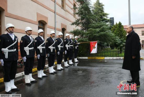 当地时间2016年12月12日,土耳其伊斯坦布尔,土耳其总统埃尔多安前往Bayrampasa防暴警察总部视察。