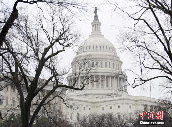 美国会众议院通过临时拨款议案 将交由参院表决