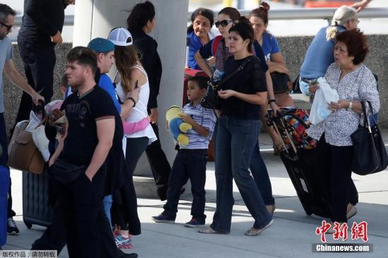 资料图片:美国佛罗里达劳德代尔堡国际机场。
