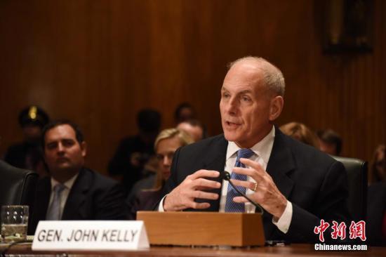 当地时间1月10日,美国候任国土安全部长约翰・凯利出席美国会参议院国土安全委员会举行的提名听证会。<a target='_blank' href='http://www.chinanews.com/'>中新社</a>记者 刁海洋 摄