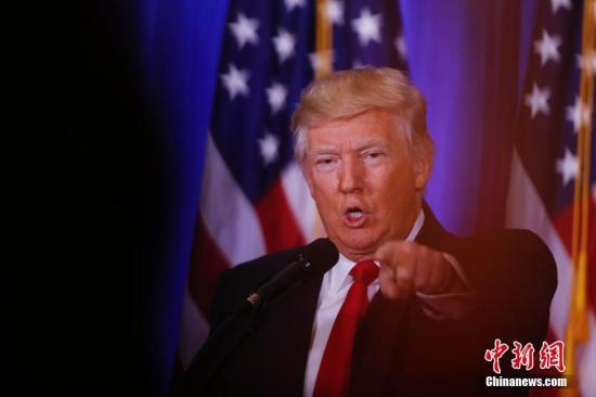 当地时间1月11日,美国候任总统特朗普在纽约举行竞选成功以来首次新闻发布会。<a target='_blank' href='http://www.chinanews.com/'>中新社</a>记者 廖攀 摄