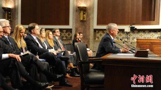 资料图:马蒂斯出席在国会参议院的听证会。中新社记者 张蔚然 摄