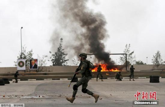 当地时间1月25日,约旦河西岸杰利科,巴勒斯坦国家安全部队参加军事训练。