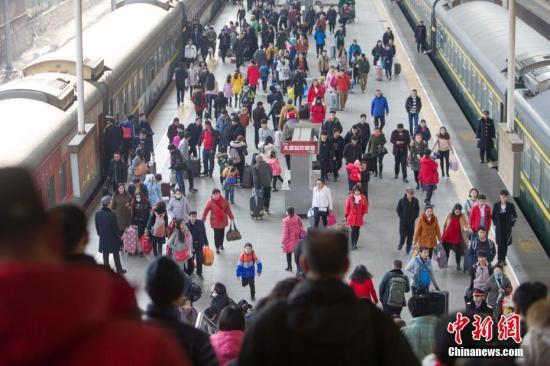 交通部:春运前31天共发送旅客23.32亿人次