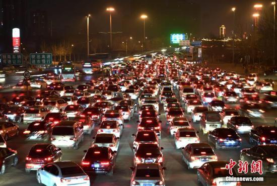 资料图:京港澳高速公路。 中新社记者 翟羽佳 摄