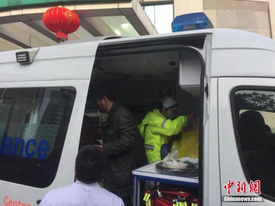 资料图 救护车 <a target='_blank' href='http://www.chinanews.com/'>中新社</a>记者 何蒋勇 摄