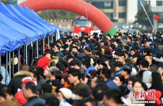 宁夏3.31万名建档立卡贫困人员实现转移就业