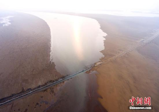 航拍已修复完工的鄱阳湖千眼桥。傅建斌 摄