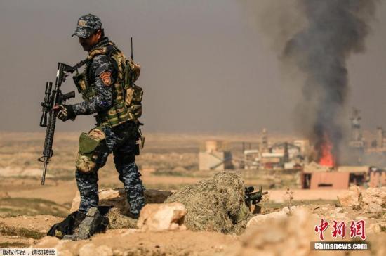 摩苏尔机场和加兹拉尼军事基地位于摩尔苏西南部郊区,对伊政府军最终收复摩苏尔西部城区具有关键战略意义。