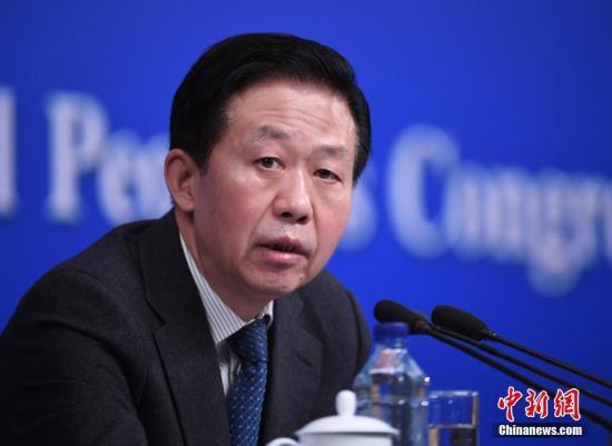 资料图:财政部部长肖捷。记者 侯宇 摄