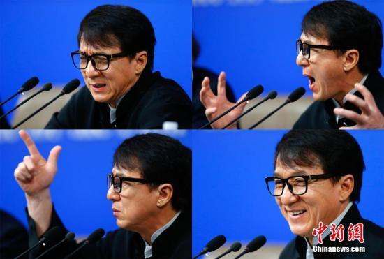 """3月7日,全国政协十二届五次会议在北京梅地亚两会新闻中心召开""""政协委员谈坚定文化自信讲好中国故事""""记者会。图为成龙委员答记者问。(拼版照片)中新社记者 富田 摄"""