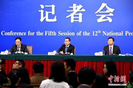 人大法工委談立法:推進民法典編纂 加強反腐立法