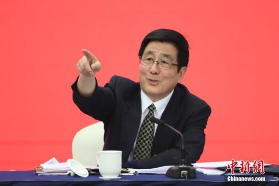 """甘肃省委书记:区位偏远是发展慢客观理由""""说不过去了"""""""