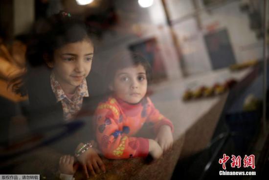 资料图片:难民儿童。