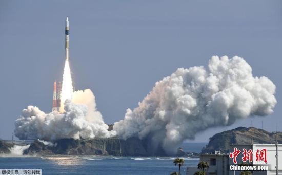资料图:日本H2A火箭发射升空。