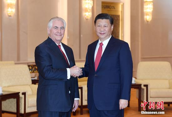 3月19日,中国国家主席习近平在北京人民大会堂会见美国国务卿蒂勒森。 中新社记者 毛建军 摄