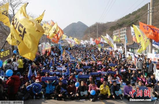 韩推迟部署萨德引美国不满