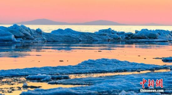 兴凯湖为中俄界湖,面积4380平方公里。 中新社发 卜炳昊(通讯员) 摄