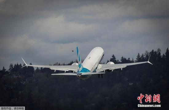 当地时间2017年4月13日,美国华盛顿州,波音737 MAX 9在位于西雅图南部的波音伦顿工厂首飞。