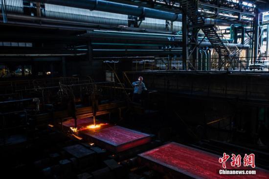 资料图:炼钢厂 李南轩 摄