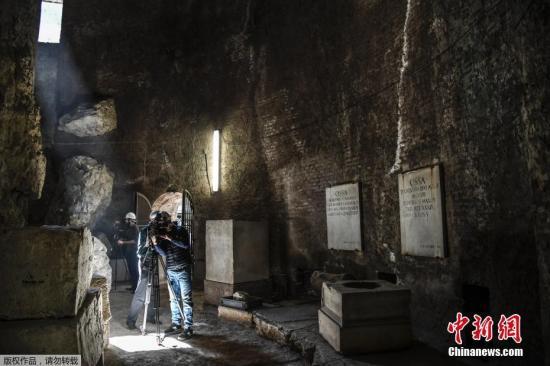 据悉,奥古斯皆陵墓是古罗马天子的年夜型陵墓,公元前28年建筑于罗马漳神广场,位于如今的奥古斯皆年夜帝广场。