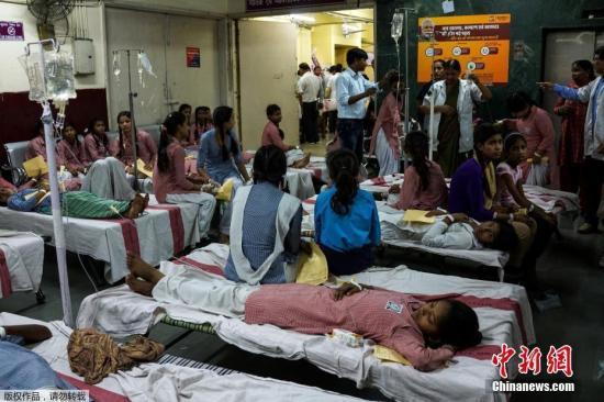 资料图:印度医院。