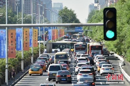 资料图:北京市城区路网交通情况。中新网记者 金硕 摄