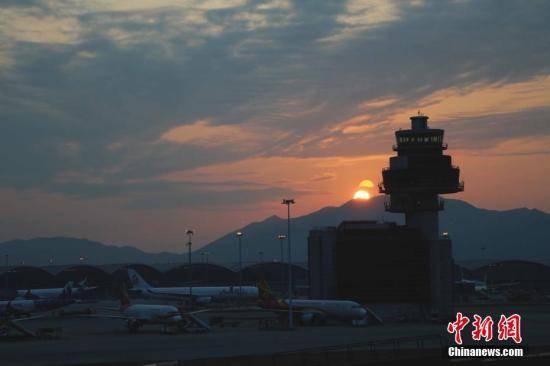 香港国际机场11月客运量同比减少16.2%