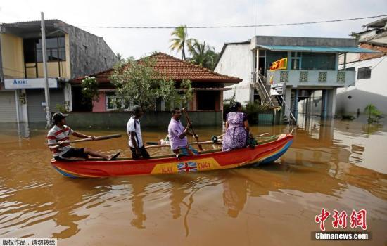 资料图:斯里兰卡灾区。