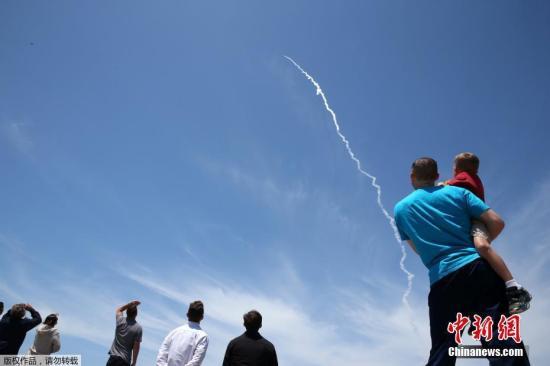 资料图:美国进行洲际弹道导弹拦截测试。