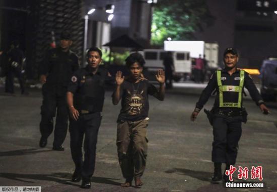 当地时间2017年6月2日,菲律宾马尼拉,当地一家酒店凌晨遭身份不明的枪手袭击,造成数人受伤。