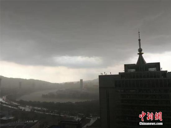 资料图:风雹天气。赵雅琪 摄