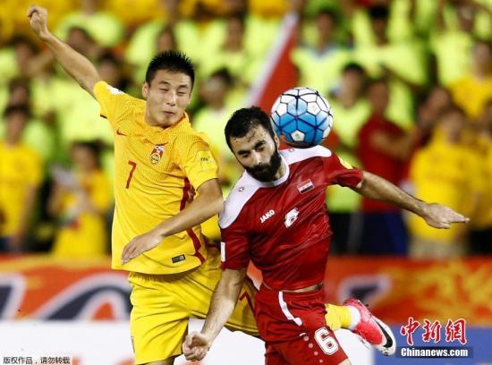 北京时间6月13日晚21:45,2018年世界杯预选赛亚洲区12强赛小组赛第8轮,中国男足客场2-2战平叙利亚队。图为武磊在比赛中。