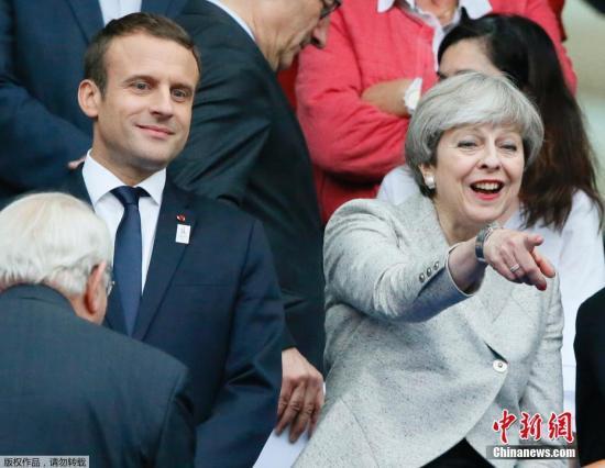 资料图:英国首相特蕾莎・梅与法国总统马克龙。